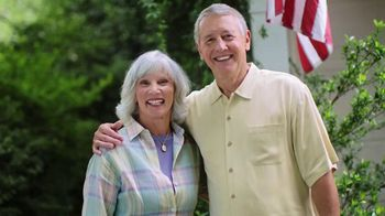 Consumer Cellular TV Spot, 'Folks: Couple: First Month Free' - Thumbnail 1