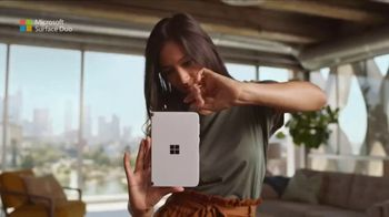 Microsoft Surface Duo TV Spot, 'A New Way To Get Things Done' Song by Queen - Thumbnail 1