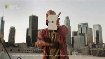 Microsoft Surface Duo TV Spot, 'A New Way To Get Things Done' Song by Queen - Thumbnail 7