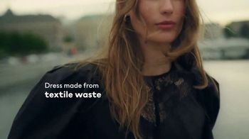 H&M TV Spot, 'Let's Change. In Every Detail.' - Thumbnail 9