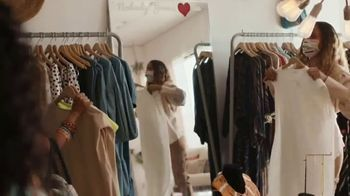 American Express TV Spot, 'It's the Small Details: Boutique' - Thumbnail 4