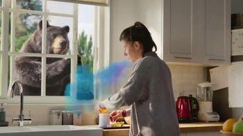 Robitussin Honey Severe TV Spot, 'Window Bear' - Thumbnail 2