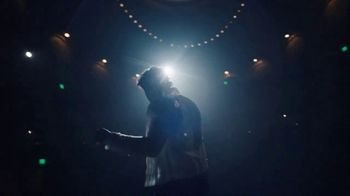 Crown Royal TV Spot, 'If You Want Me to Stay' Song by Ari Lennox, Anthony Ramos - Thumbnail 9