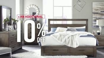 Ashley HomeStore Labor Day Sale TV Spot, 'Extended: 30% Off, Plus 10%' - Thumbnail 5