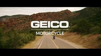 GEICO Motorcycle TV Spot, 'Daydream at the DMV' Song by The Troggs - Thumbnail 9