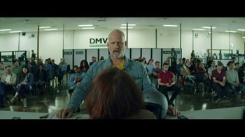 GEICO Motorcycle TV Spot, 'Daydream at the DMV' Song by The Troggs - Thumbnail 6