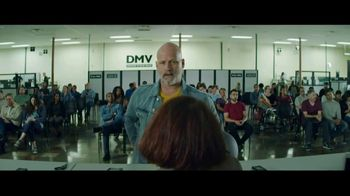 GEICO Motorcycle TV Spot, 'Daydream at the DMV' Song by The Troggs - Thumbnail 8