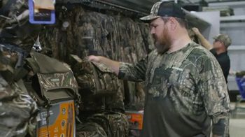 Academy Sports + Outdoors TV Spot, 'Gear Up For Fall: Realtree' Featuring Stetson Blaylock - Thumbnail 5