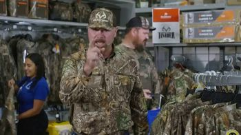 Academy Sports + Outdoors TV Spot, 'Gear Up For Fall: Realtree' Featuring Stetson Blaylock - Thumbnail 7
