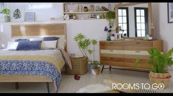 Rooms to Go TV Spot, 'A Place to Escape' Featuring Julianne Hough - Thumbnail 2