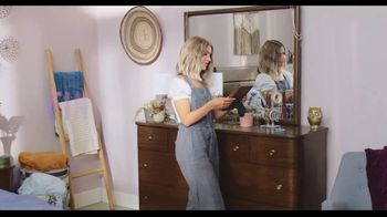 Rooms to Go TV Spot, 'A Place to Escape' Featuring Julianne Hough - Thumbnail 7