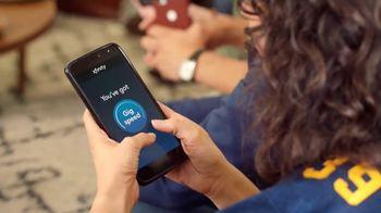XFINITY Internet TV Spot, 'Fan Favorite Venue: 25 Mbps' Featuring Amy Poehler - Thumbnail 3