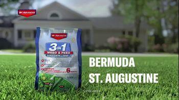 BioAdvanced 3-in-1 Weed & Feed TV Spot, 'Fall' - Thumbnail 9