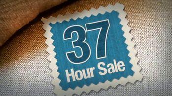 La-Z-Boy 37 Hour Sale TV Spot, 'Favorite Spot: Save 37% Storewide' - Thumbnail 6