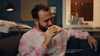 Taco Bell $5 Grande Stacker Box TV Spot, 'Cupcake Conquest' - Thumbnail 8
