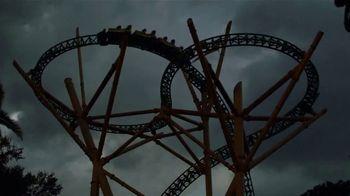 Busch Gardens Howl-O-Scream TV Spot, 'Open Air Scare Zones'
