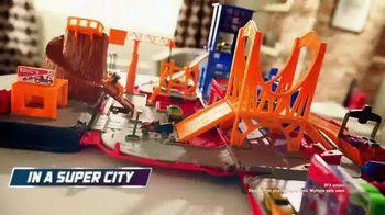 Micro Machines Super Van City TV Spot, 'Seriously Sleek' - Thumbnail 3