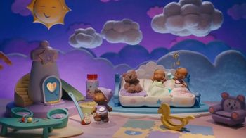Little People Babies TV Spot, 'Sky Hand' - Thumbnail 4