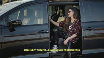 Chrysler Pacifica Family Pricing TV Spot, 'For Every Parent' Featuring Kathryn Hahn [T2]