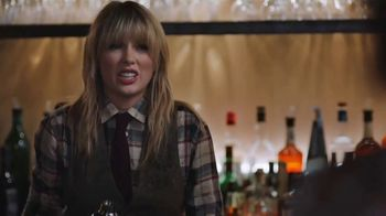 Capital One Savor Card TV Spot, 'Diner: Four Percent' Featuring Taylor Swift - Thumbnail 5
