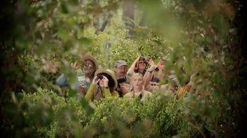 XFINITY TV Spot, 'Peacock TV: Bird Watching' Featuring Amy Poehler - Thumbnail 2
