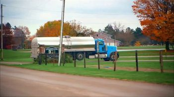 Dairy Good TV Spot, 'Dairy Farmers are Lending a Hand' - Thumbnail 5