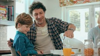 Dairy Good TV Spot, 'Dairy Farmers are Lending a Hand' - Thumbnail 8