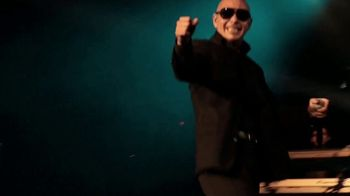 Boost Mobile TV Spot, 'Step Up: Free LG K51 Phones' Song by Pitbull - Thumbnail 1