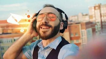 Boost Mobile TV Spot, 'Step Up: Free LG K51 Phones' Song by Pitbull - Thumbnail 5