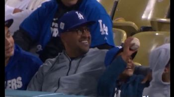 Mastercard TV Spot, 'MLB Priceless Moments: Los Angeles Dodgers' - Thumbnail 8