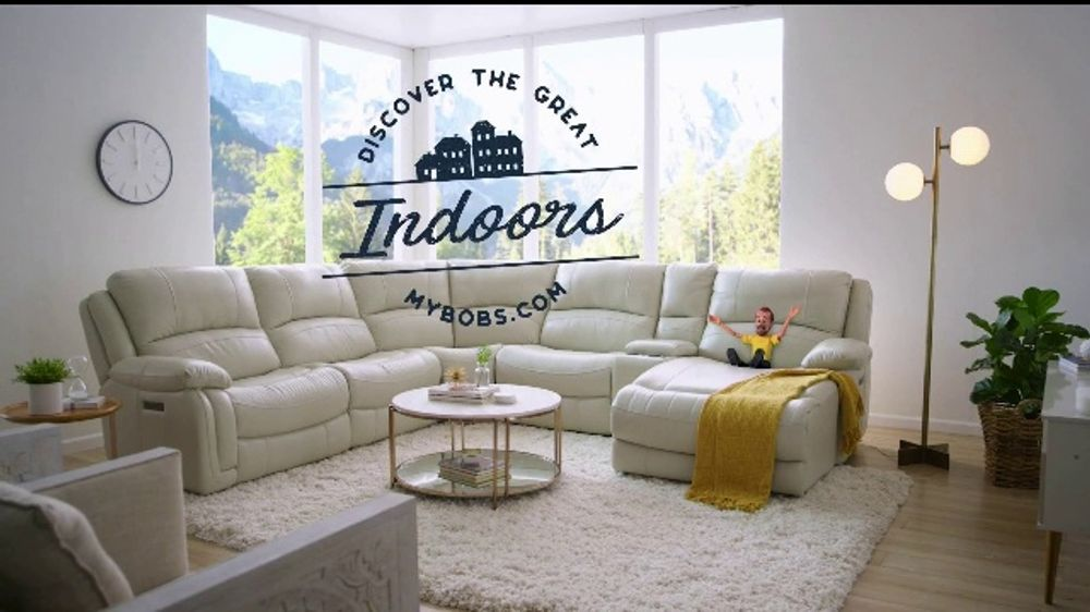 Bob's Discount Furniture TV Commercial, 'Discover the Great Indoors'