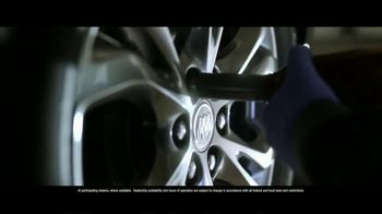 Buick & GMC TV Spot, 'We're Here to Help: Clean' [T1] - Thumbnail 4