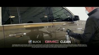 Buick & GMC TV Spot, 'We're Here to Help: Clean' [T1] - Thumbnail 6
