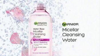 Garnier SkinActive Water Rose Micellar Cleansing Water TV Spot, 'Magnet' - Thumbnail 9
