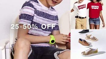 Macy's Memorial Day Sale TV Spot, 'Fresh Summer Styles: BOGO Bras' - Thumbnail 3