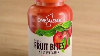 One A Day Natural Fruit Bites Multivitamin TV Spot, 'A New Way to Multivitamin' - Thumbnail 1