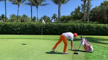 Farmers Insurance TV Spot, 'Crowd Control' Featuring Rickie Fowler - Thumbnail 4