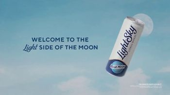 Blue Moon LightSky TV Spot, 'Light Side of the Moon'