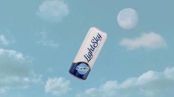 Blue Moon LightSky TV Spot, 'Light Side of the Moon' - Thumbnail 4