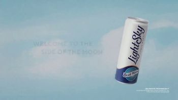 Blue Moon LightSky TV Spot, 'Light Side of the Moon' - Thumbnail 8