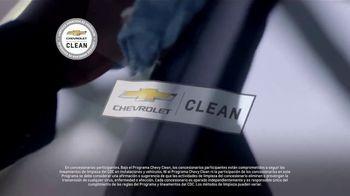 Chevrolet TV Spot, 'Chevy Cares: el camino despejado' [Spanish] [T1] - Thumbnail 9