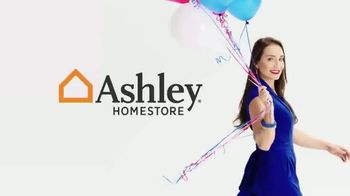 Ashley HomeStore Venta de Memorial Day TV Spot, 'Compre ahora' [Spanish] - Thumbnail 1