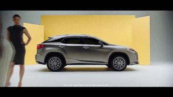 Lexus TV Spot, 'Smart Is the New Sexy' [T1] - Thumbnail 9