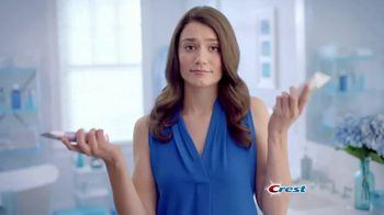 Crest 3D White TV Spot, 'Whitens and Strengthens Enamel'