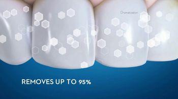 Crest 3D White TV Spot, 'Whitens and Strengthens Enamel' - Thumbnail 7