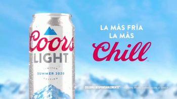 Coors Light TV Spot, 'Summer Float' canción de Berry Lipman [Spanish] - Thumbnail 4