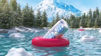 Coors Light TV Spot, 'Summer Float' canción de Berry Lipman [Spanish]