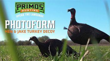 Primos Photoform Turkey Decoy TV Spot, 'Hen and Jake' - Thumbnail 1