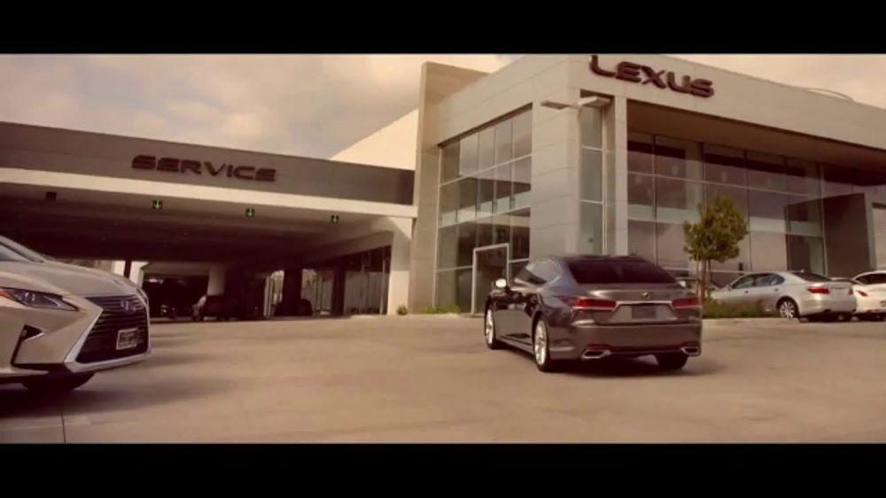Lexus TV Commercial, 'El servicio no es s??lo un departamento' [Spanish] [T1