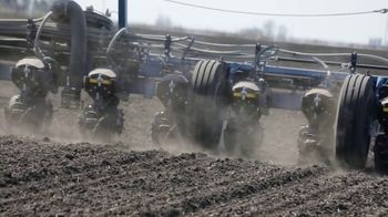 Kinze 05 Series Planter TV Spot, 'Less Time in the Shop, More Time in the Field' - Thumbnail 6